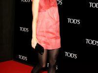 Gwyneth Paltrow in collant neri e vestito cortissimo
